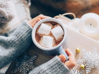 hands holding hot chocolate